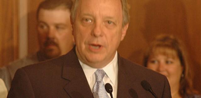Sen. Durbin reflects on Sandy Hook one year later