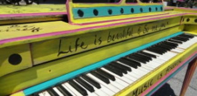 Daily Rehearsal: Pianos, pianos everywhere
