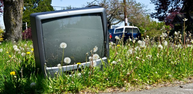Tv in road generic