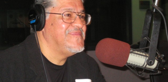 After launching his career in Chicago, Poet Luis Rodriguez returns to give back