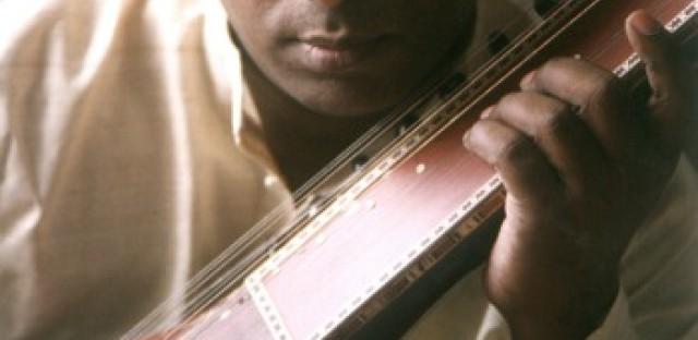 Indian musician Chitrivina Ravikiran pushes music and dance to the edge