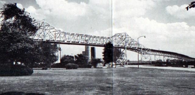 Skyway bridge over Calumet River