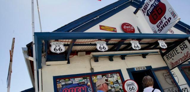 A souvenir store off Route 66.