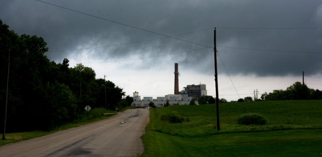 The Vermilion River Power Plant, owned by Texas-based energy company Vistra. (Sebastián Hidalgo/WBEZ)