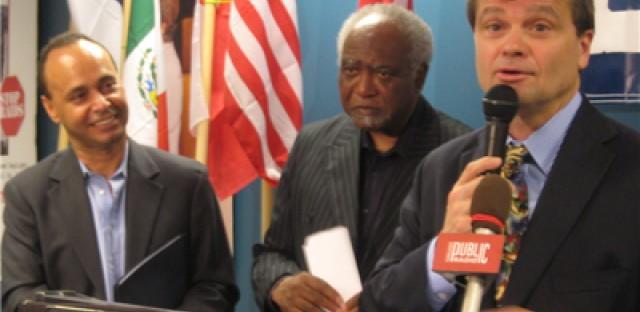 Illinois Democrats Push Obama on Immigration