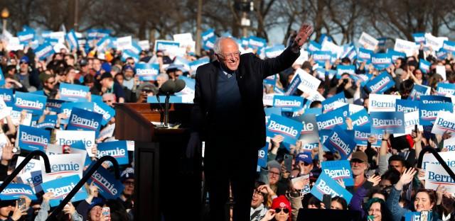 Bernie Sanders in Chicago Grant Park