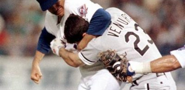 Robin Ventura is the new White Sox manager? I hope we don't see Nolan Ryan's Rangers next year...