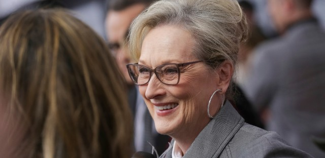 """Actress Meryl Streep attends the premiere of """"The Post"""" at The Newseum on Thursday, Dec. 14, 2017, in Washington."""