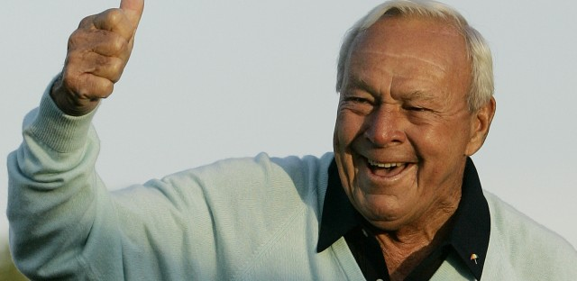 Arnold Palmer acknowledges the crowd after hitting the ceremonial first tee shot at the 2007 Masters tournament.