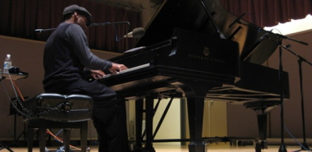 Chicago pianist Reginald Robinson provided modern ragtime sound from the Jim and Kay Mabie Performance Studio.