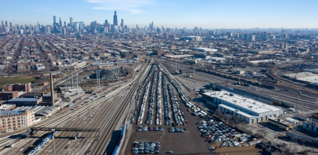 An aerial view of Chicago's impound lot on Sacramento Boulevard.