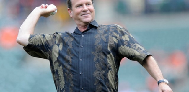 Broadcaster and former player Steve Stone chronicles a lifetime in baseball