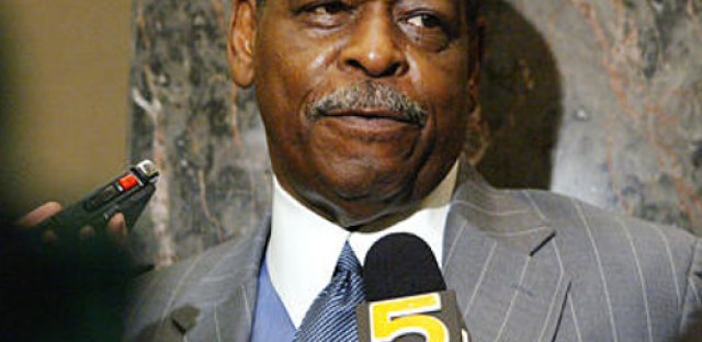 Trial of former Cook County Commissioner Beavers gets real