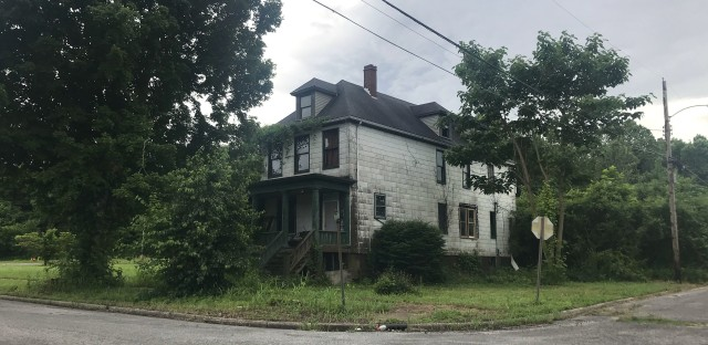 Cairo, Ill. lies at the heart of one of the fastest depopulating regions in America. On some streets, old mansions are abandoned and nature is taking over whole city blocks.