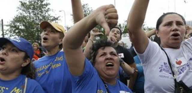 Immigration reform, the Ayotzinapa 43, and Hands of Peace