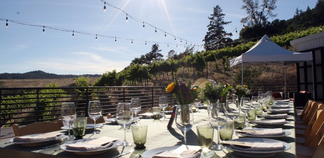 Proponents of the emerging pot-for-pleasure industry want to grab a share of the nearly $2 billion tourism business in Sonoma County with events like dinners that incorporate marijuana.