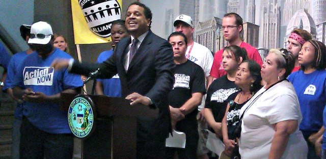 Chicago principal rips CPS school budgets, Emanuel