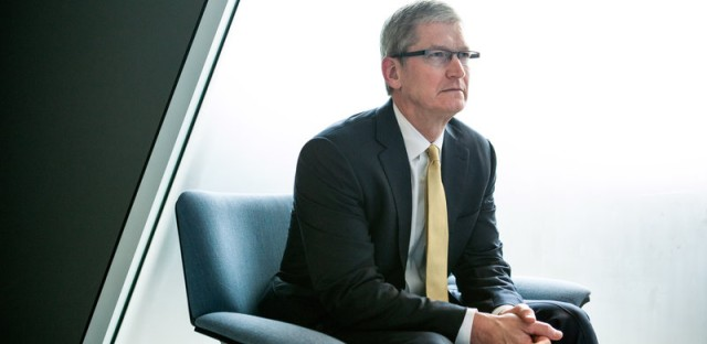 Apple CEO Tim Cook: Backdoor to iPhones Would Be Software Equivalent of Cancer