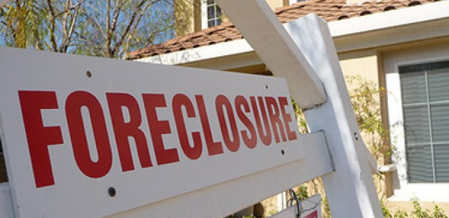 Morning Shift: Foreclosures still affecting recovery in South Suburbs