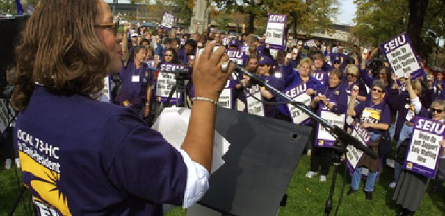 History of protests in Illinois labor talks