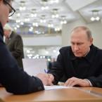 Vladimir Putin Gets His 2016 Election Ballot