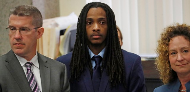 Defendant Kenneth Williams, center, is flanked by attorneys during opening arguments in the Hadiya Pendleton murder trial on Aug. 14, 2018. A guilty verdict has been returned against Williams, one of two men charged in the 2013 death of a 15-year-old Chicago high school honor student who became a symbol of Chicago gun violence.