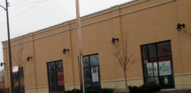 Striking laborers at Elwood warehouse return to work