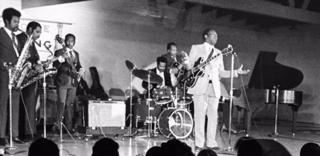B.B. King  performs for the inmates of Cook County Jail in Chicago, Wednesday, March 9, 1972.
