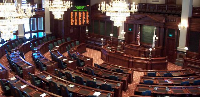 Examining efforts to redistrict Illinois' legislative boundaries