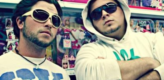 Electro-funk duo Ghosthouse premiere new song