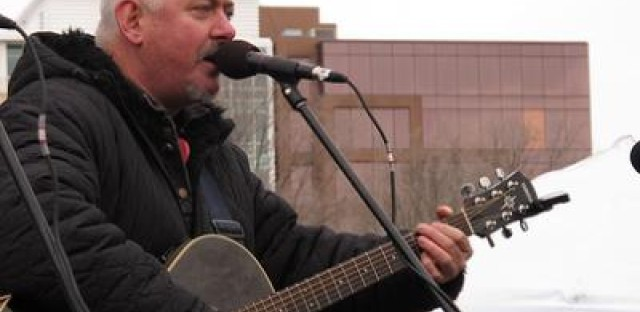 Video: Jon Langford performs songs from 'Skull Orchard Revisited,' talks Welsh male choirs and more