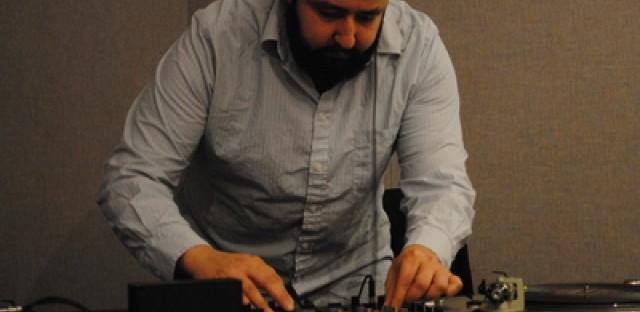 DJ Series: DJ JewBoy mashes up Friday morning