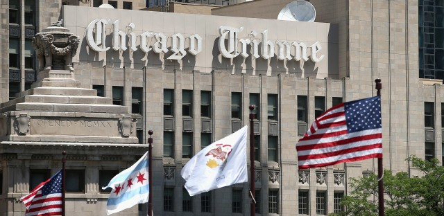 Organizers of a newsroom union at the Chicago Tribune have given the Tribune's parent company, Tronc, a day to voluntarily recognize the guild and start to negotiate a contract.