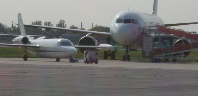 Gary mayor still believes airport can fly