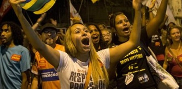 Brazil hit by series of strikes just weeks before World Cup kick-off