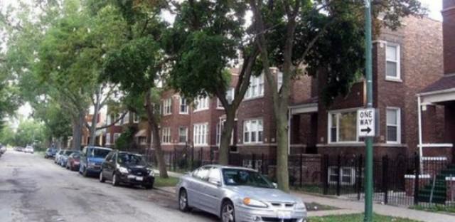 Two-flats on Mason Avenue