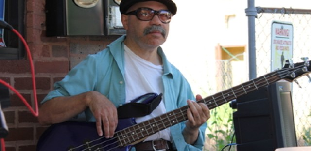 Musicians from Puerto Rican Congress reunite for a live performance at WBEZ