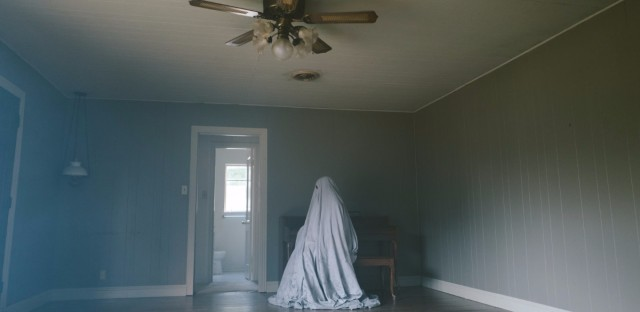 A Ghost Story unfolds in long, static shots, most of them without faces to hang onto. (Bret Curry/Courtesy of A24)