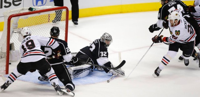 Bryan Bickell scored the lone Hawks goal in Game 3 loss to LA.