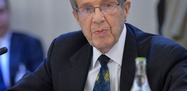 Former Secretary of Defense William Perry on combating ISIS
