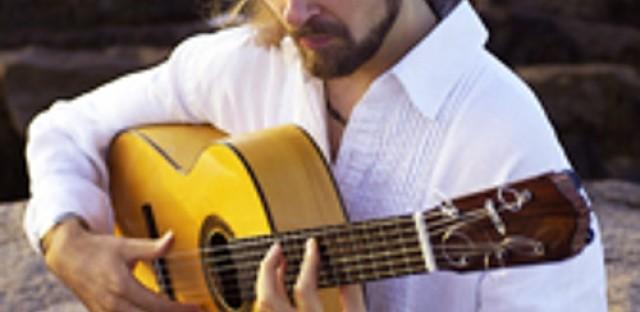 Solo flamenco guitarist Juanito Pascual