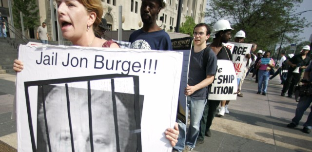 Protestors outside of the Cook County Courthouse in Chicago in 2006 demanded the release of a report on allegations that Chicago police tortured suspects. Chicago Public Schools will begin lesson plans about the history of police torture in Chicago during the 2017-2018 school year.