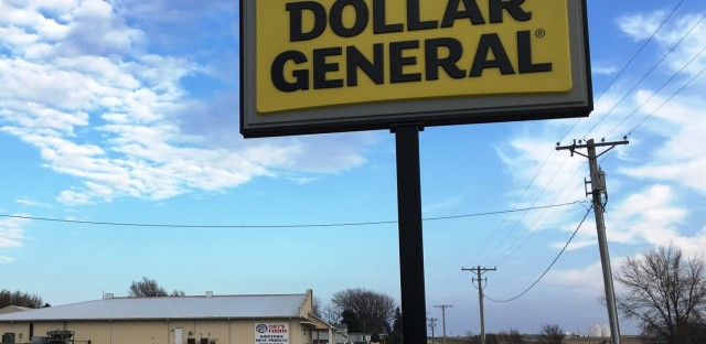 1A : The Billion-Dollar Discount Chain: Dollar General And Rural America Image