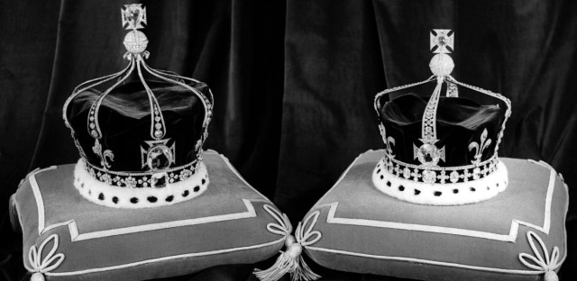 Queen Mary's crown (left) and Queen Elizabeth's crown (right) photographed at the Tower of London on Nov. 14, 1952.