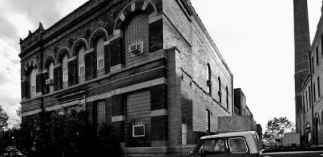 Last round on tap for old North Side brewery?