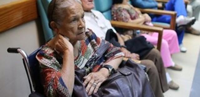 Venezuelans struggle with medical supply shortages