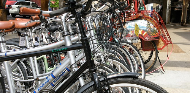The Bike Commuter Challenge prompts a cycling smackdown