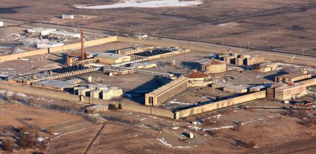 The Stateville Correctional Facility in Crest Hill, Ill., about 35 miles southwest of downtown Chicago.