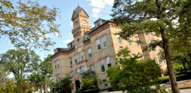 Race Out Loud: Cherokee values at Elmhurst College