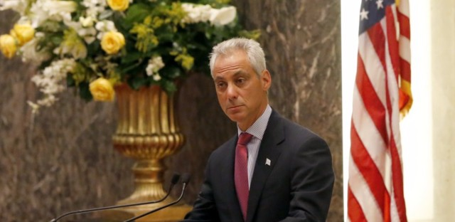 Chicago aldermen approved Mayor Emanuel's $1.1 billion borrowing package Wednesday.